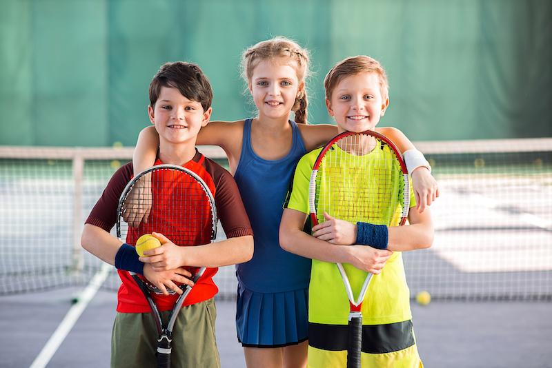 Poletni teniški kampi za otroke